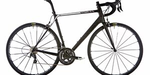 rb-0416-rennrad-test-carbon-2000-canyon-ultimate-cf-sl-9-punkt-0-sl-benjamin-hahn (jpg)