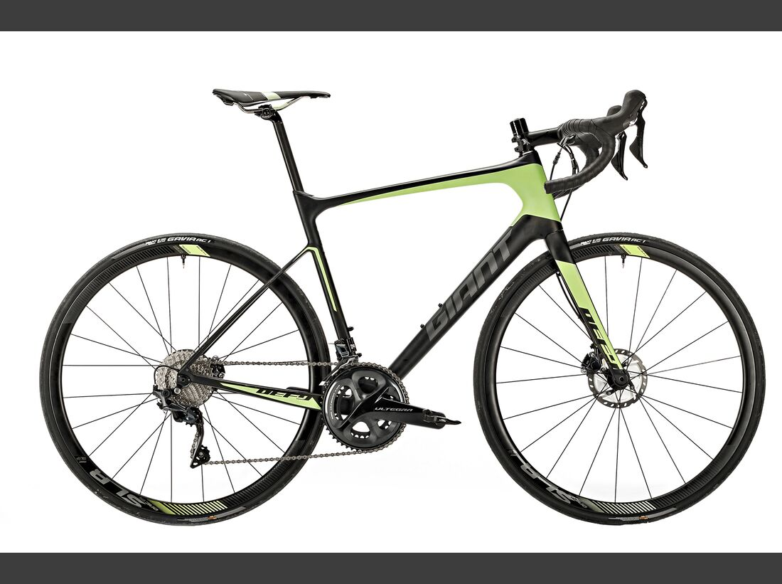 rb-0518-disc-tourer-giant-defy-advanced-pro-1-BO-1893-high-res (jpg)