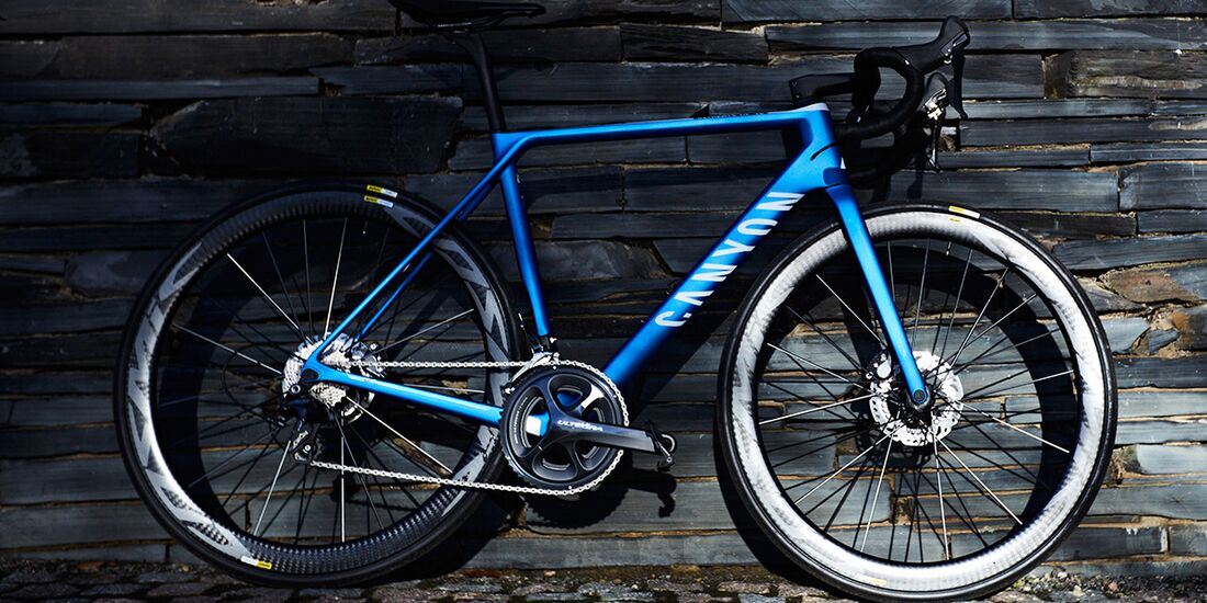 rb-2017-Canyon-Bicycles--Action-(11).jpg