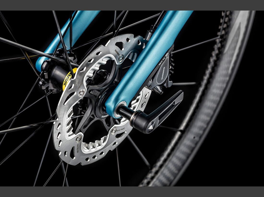 rb-2017-Canyon-Bicycles-Details--Ultimate-CF-SLX-Axle.jpg