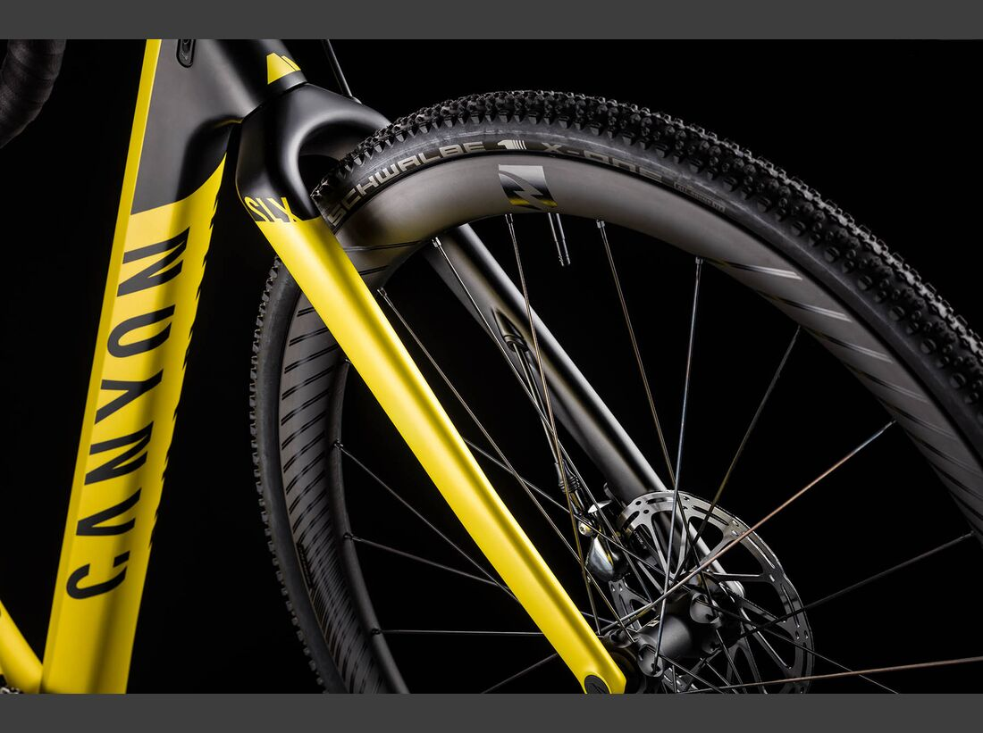 rb-canyon-inflite-cf-slx-2018-canyon-details-07.jpg